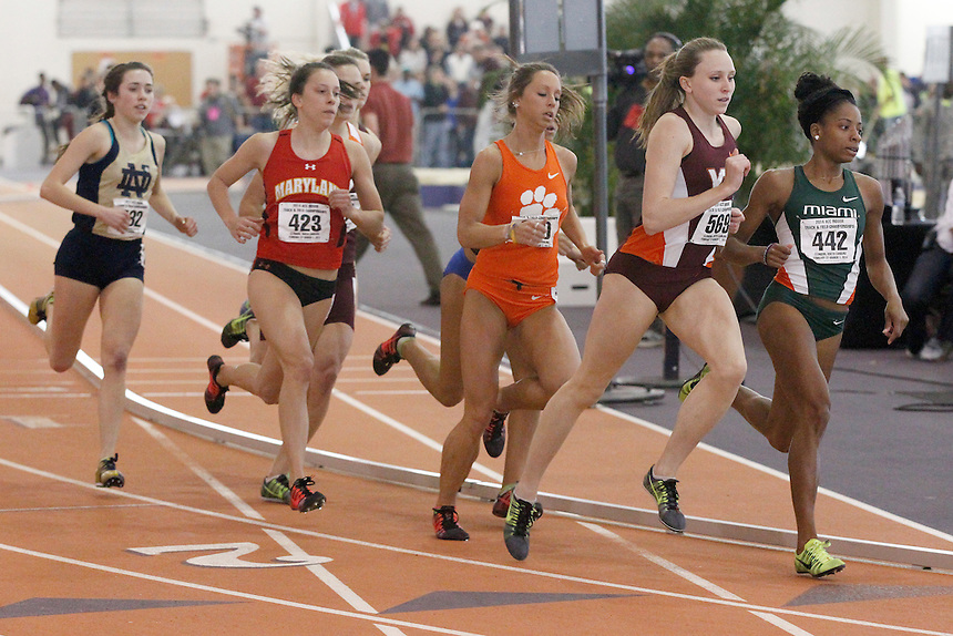 Virginia Tech's Hanna Green (569) Miami's Alaine Tate (442)