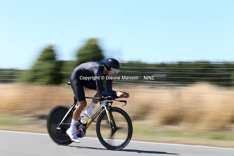 in the Road Cycling National Championship, Lincoln, Christchurch, New Zealand, Friday, January 09, 2015. Copyright: NINZ/Dianne Manson
