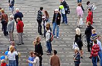 Mensne op straat in Rotterdam