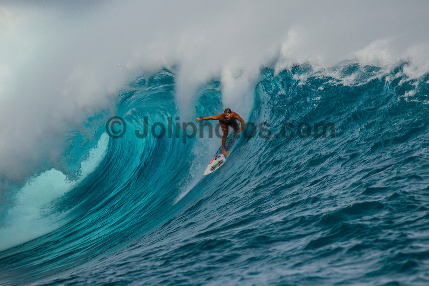 CLOUDBREAK, Tavarua/Fiji (Friday, June 8, 2012) Damien Hobgood (USA). -  The best day of paddle surfing ever seen at Cloudbreak happen today with the swell in the12'-15' range from the south.  The surf pumped all day with amazing performances from of the world best big wave paddle in surfers. The Volcom Fiji Pro completed the last two heats of Round Two with Bede Durbidge and Kai Otten advancing before being call off for the day. Photo: joliphotos.com-  The best day of paddle surfing ever seen at Cloudbreak happen today with the swell in the12'-15' range from the south.  The surf pumped all day with amazing performances from of the world best big wave paddle in surfers. The Volcom Fiji Pro completed the last two heats of Round Two with Bede Durbidge and Kai Otten advancing before being call off for the day. Photo: joliphotos.com