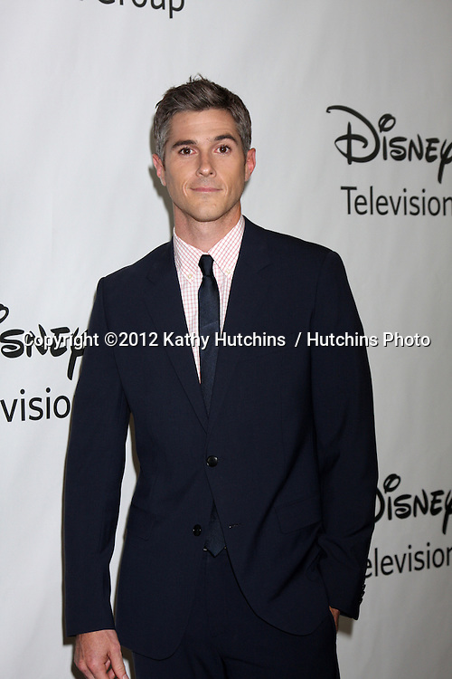 LOS ANGELES - JUL 27:  Dave Annable arrives at the ABC TCA Party Summer 2012 at Beverly Hilton Hotel on July 27, 2012 in Beverly Hills, CA