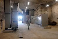 - Camp Ederle US Army base, inside of the cavern that harbor the electric box of Longare detachment (former Site Pluto)....- base US Army di caserma Ederle, interno della caverna che ospita la cabina elettrica del distaccamento di Longare (ex Site Pluto)