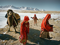 Afghanistan - Stranded on the roof of the world - Kyrgyz of the Pamir mountains