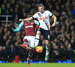 West Ham's Cheikhou Kouyate tussles with Tottenham's Harry Kane<br /> <br /> - English Premier League - West Ham Utd vs Tottenham  Hotspur - Upton Park Stadium - London - England - 2nd March 2016 - Pic David Klein/Sportimage