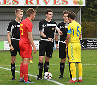20190927 - WOLVERTEM , BELGIUM : referee Ruben Calluy (M) with Belgian captain Bram Lagae (L) and Ukraine's captain Andrii Buleza (R)pictured during the friendly  soccer match between  under 16 teams of  Belgium and Ukraine , in Wolvertem , Belgium . Thursday 26 th September 2019 . PHOTO SPORTPIX.BE / DIRK VUYLSTEKE