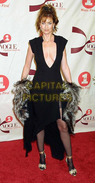CAROL ALT..VH1/Vogue Fashion Awards..plunging neckline, long black dress, fur wrap, full length, full-length..www.capitalpictures.com..sales@capitalpictures.com..©Capital Pictures