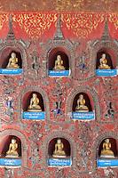 Myanmar, (Burma), Shan State, Nyaung Shwe: Buddha offerings inside the Shwe Yan Pyay monastery | Myanmar (Birma), Shan Staat, Nyaung Shwe: Buddha-Spenden im Shwe Yan Pyay Kloster
