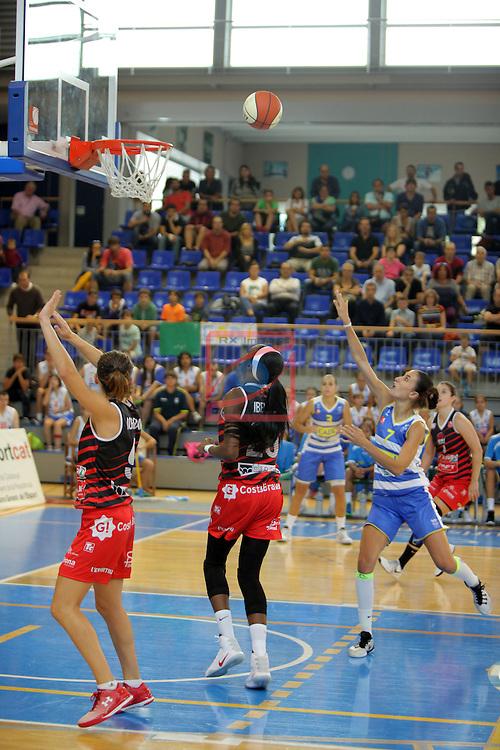 XXVIII Lliga Catalana Femenina 2016.<br /> Cadi La Seu vs Spar Citylift Girona: 71-57.<br /> Noemi Jordana, Ifunanya Ibekwe &amp; Belen Arrojo.