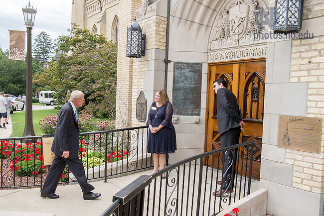 August 6, 2017; Former football coach Lou Holtz enters the Basilica for a Memorial Mass for former football coach Ara Parseghian. (Photo by Matt Cashore/University of Notre Dame)