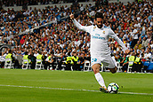 1st October 2017, Santiago Bernabeu, Madrid, Spain; La Liga football, Real Madrid versus Espanyol; Francisco Roman Alarcon (22) Real Madrid with the cross into the box