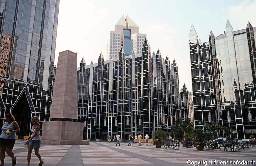 Philip Johnson & John Burgee: PPG Place. Looking to northwest, sixty ft. height limit.  Photo '01.