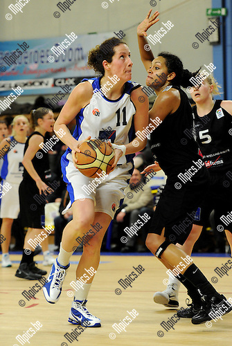 2011-01-15 / Basketbal / seizoen 2010-2011 / Kabo - Sint-Katelijne-Waver / Boonen (Kabo) neemt het op tegen Dannett..Foto: Mpics