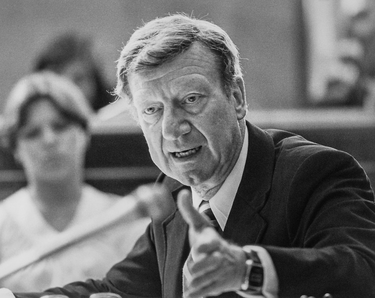 Close-up of Sen. William V. Roth, R-Del., in 1985. (Photo by CQ Roll Call)