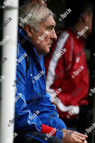 2009-11-01 / Voetbal / seizoen 2009-2010 / Tubantia - KFC Katelijne / Willy Pallemans..foto: mpics