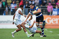 Francois Louw of Bath Rugby fends Richard Wigglesworth of Saracens. Aviva Premiership match, between Bath Rugby and Saracens on September 9, 2017 at the Recreation Ground in Bath, England. Photo by: Patrick Khachfe / Onside Images