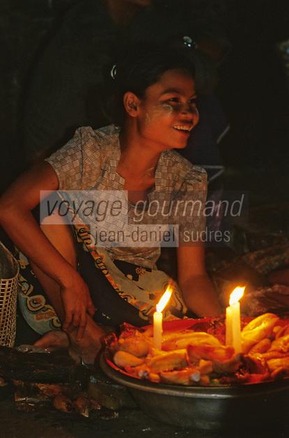 Asie/Birmanie/Myanmar/Yangon: Marché de nuit sur la 38ème rue