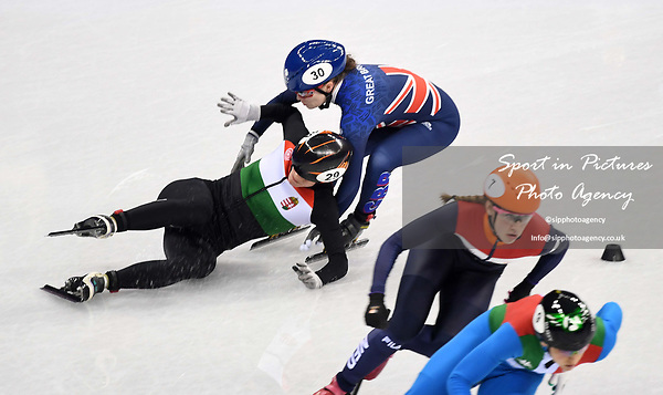 Kathryn Thompson (GBR, 30) and Andrea Keszler (HUN) crash. Short track. Gangneung ice arena. Pyeongchang2018 winter Olympics. Gangneung. Republic of Korea. 10/02/2018. ~ MANDATORY CREDIT Garry Bowden/SIPPA - NO UNAUTHORISED USE - +44 7837 394578