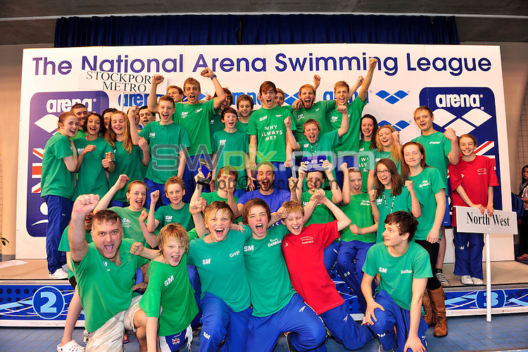 PICTURE BY SIMON WILKINSON/SWPIX.COM - Swimming - National Arena Swimming League Finals 2012 - Ponds Forge, Sheffield, England - 22/04/12 - B Final Stockport Metro celebrate win