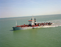 Mei 1994. Trailing Suction Hopper Dredger Vlaanderen XVIII van DEME.