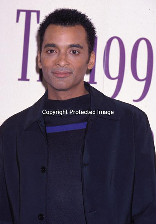 ©1999 KATHY HUTCHINS/HUTCHINS PHOTO.1999 ALMA AWARDS.LOS ANGELES, CA  4/11/99.JON SECADA