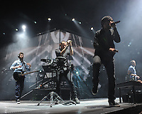 Mike Shinoda and Chester Bennington of Linkin Park perform at the Bank Atlantic center n Fort Lauderdale, Florida on January 20, 2011 i© MediaPunch Inc. / MPI04