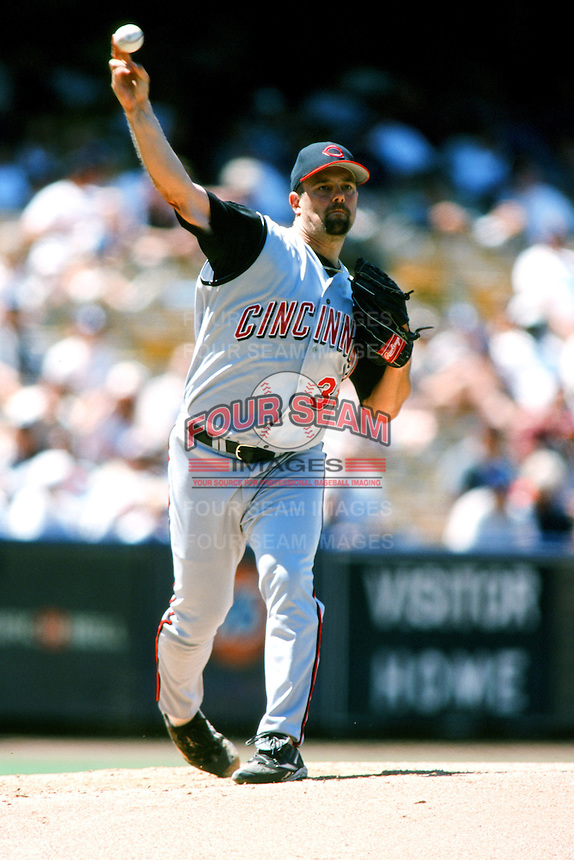 Pete Harnisch of the Cincinnati Reds pitches during a 1999 Major League Baseball season game against the Los Angeles Dodgers in Los Angeles, California. (Larry Goren/Four Seam Images)