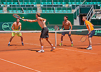 "Austria, Kitzbuhel, Juli 15, 2015, Tennis, Davis Cup, Training Dutch team play ""touch"" on the end of their practise ltr: Robin Haase, Thiemo de Bakker, Jesse Huta Galung and captain Jan Siemerink<br /> Photo: Tennisimages/Henk Koster"