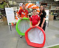 L-R Justin Tipuric, Rhys Lewis, 10 and Emma Bastin