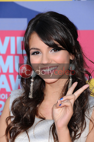 Victoria Justice<br />at the 2008 MTV Video Music Awards. Paramount Pictures Studios, Los Angeles, CA. 09-07-08<br />Dave Edwards/DailyCeleb.com 818-249-4998