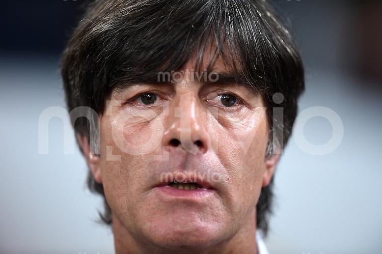 Fussball International EM 2016-Qualifikation  Gruppe D  in Gelsenkirchen 14.10.2014 Deutschland - Irland Bundestrainer Joachim Loew (Deutschland) nachdenklich