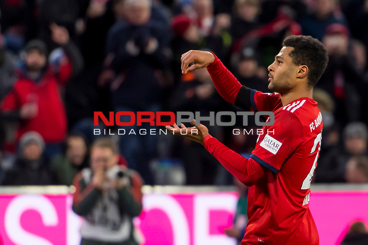 09.02.2019, Allianz Arena, Muenchen, GER, 1.FBL,  FC Bayern Muenchen vs. FC Schalke 04, DFL regulations prohibit any use of photographs as image sequences and/or quasi-video, im Bild Jubel nach dem Tor zum 3-1 durch Serge Gnabry (FCB #22) <br /> <br />  Foto © nordphoto / Straubmeier