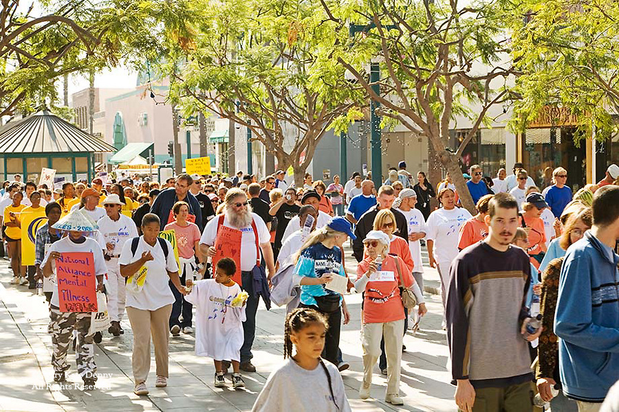 Mixed Crowd walks for NAMI_National Alliance for the Mentally Ill_Santa Monica Promenade to bring public awareness