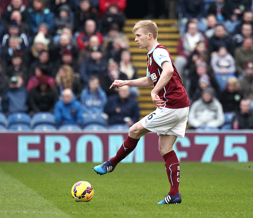 Burnley's Ben Mee<br /> <br /> Photographer Rich Linley/CameraSport<br /> <br /> Football - Barclays Premiership - Burnley v Swansea City - Friday 27th February 2015 - Turf Moor - Burnley<br /> <br /> &copy; CameraSport - 43 Linden Ave. Countesthorpe. Leicester. England. LE8 5PG - Tel: +44 (0) 116 277 4147 - admin@camerasport.com - www.camerasport.com