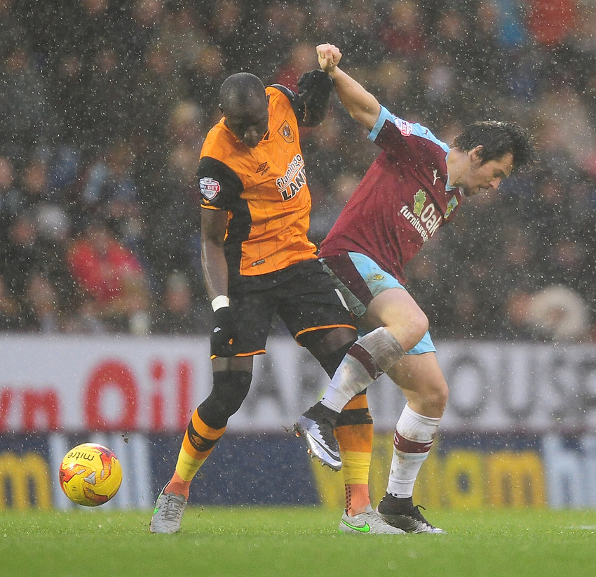 Burnley&rsquo;s Joey Barton vies for possession with Hull City's Mohamed Diame<br /> <br /> Photographer Chris Vaughan/CameraSport<br /> <br /> Football - The Football League Sky Bet Championship - Burnley v Hull City - Saturday 6th February 2016 - Turf Moor - Burnley <br /> <br /> &copy; CameraSport - 43 Linden Ave. Countesthorpe. Leicester. England. LE8 5PG - Tel: +44 (0) 116 277 4147 - admin@camerasport.com - www.camerasport.com