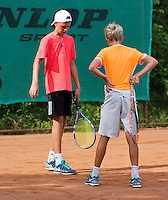 Netherlands, Dordrecht, August 03, 2015, Tennis,  National Junior Championships, NJK, TV Dash 35, Ids Waterbolk (L) and Liam Liles  argumenting a linecall.<br /> Photo: Tennisimages/Henk Koster