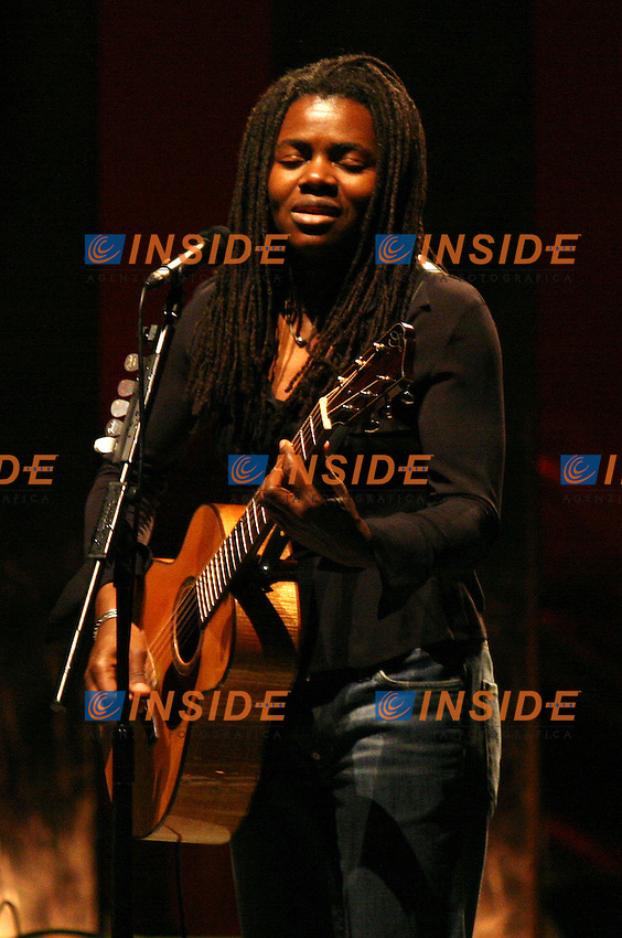 Roma, 07/07/06 Concerto di Tracy Chapman all'auditorium della Musica a Roma.<br /> Tracy Chapman in concert at the Auditorium della Musica in Rome, on July 27, 2006.<br /> Photo Samantha Zucchi Insidefoto