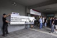 Roma, 26 Giugno 2014<br /> Centro per l'impiego Cinecittà<br /> Parte in tutta Italia la campagna Garantiamoci un futuro per monitorare l'attuazione del programma Garanzia Giovani, la risposta europea alla disoccupazione giovanile.<br /> Giovani precarie e precari occupano la sede del centro per l'impiego contro precarietà e austerità.<br /> Rome, June 26, 2014 <br /> Employment center Cinecittà <br /> Start the campaign in Italy guarantee our future to monitor the implementation of the Youth Guarantee program, the European response to youth unemployment. <br /> Young precarious  occupy the headquarters of the employment center against insecurity and austerity