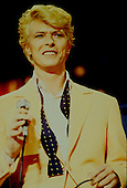 Jun 08, 1983: DAVID BOWIE - Hippodrome D'Auteil Paris France