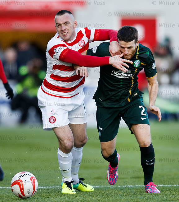 Darian Mackinnon grapples with Adam Matthews