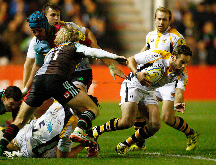 Photo: Richard Lane/Richard Lane Photography. Aviva Premiership. Harlequins v Wasps. 16/10/2015. Wasps' Ruaridh Jackson attacks.