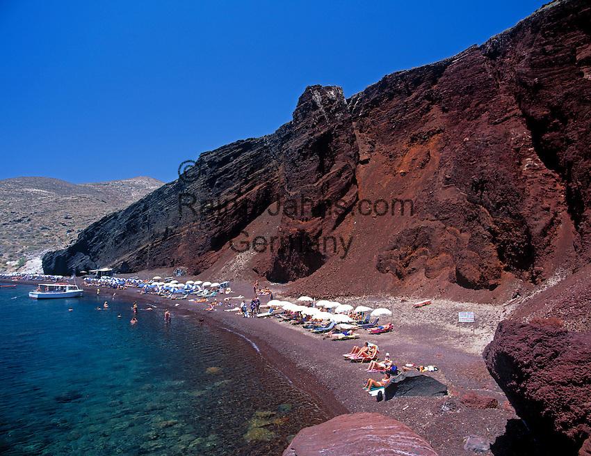 Greece; Cyclades; Santorini; near Akrotiri: Kokkini Paralia - Red Beach