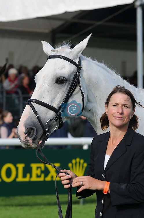 Carolyne Ryan-Bell & Rathmoyle King at the 1st Veterinary Inspection at the 2012 Land Rover Burghley Horse Trials in Stamford, Lincolnshire, England, UK.