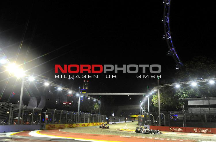 19.-22.09.2013, Marina-Bay-Street-Circuit, Singapur, SIN, F1, Grosser Preis von Singapur, Singapur, DHL Branding - Esteban Gutierrez (MEX) Sauber F1 Team <br />  Foto &copy; nph / Mathis