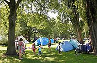 Nederland  Amsterdam 2017. Jaarlijkse Buurtcamping in het Noorderpark. Foto mag niet in negatieve context gebruikt worden.   Berlinda van Dam / Hollandse Hoogte