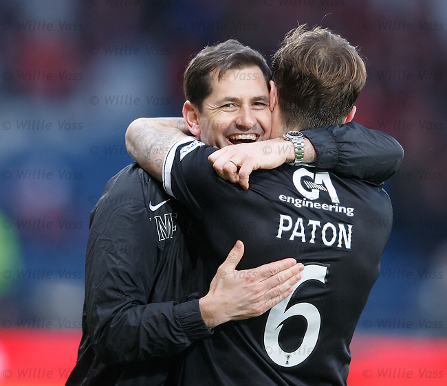 Dundee Utd manager Jackie McNamara celebrates with Paul Paton after the final whistle