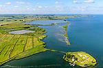Nederland, Noord-Holland, Amsterdam, 13-06-2017; Buiten-IJ met Polder IJdoorn, Vuurtoreneiland met Kustbatterij (Fort Durgerdam, onderdeel van de Stelling van Amsterdam).  Rijksmonument, onderdeel van de Werelderfgoedlijst van Unesco. Kinselmeer en  Kinseldam / Hoeckelingsdam in de achtergrond, Marken.<br /> Lighthouse Island with coastal Battery, part of the Defence Line of Amsterdam. Unesco World Heritage.<br /> luchtfoto (toeslag op standaard tarieven);<br /> aerial photo (additional fee required);<br /> copyright foto/photo Siebe Swart