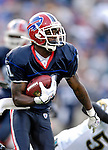 26 November 2006: Buffalo Bills wide receiver Roscoe Parrish (11) rushes for yardage against the Jacksonville Jaguars at Ralph Wilson Stadium in Orchard Park, NY. The Bills defeated the Jaguars 27-24. Mandatory Photo Credit: Ed Wolfstein Photo<br />