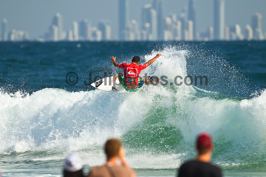 SNAPPER ROCKS, Queensland/Australia (Monday, 27 February, 2012) Michel Bourez (PYF).– The Quiksilver Pro Gold Coast presented by Land Rover, the opening stop on the 2012 Men's ASP World Championship Tour, ran for the fourth consecutive day at Snapper Rocks today, in two-to-three foot (1 metre) waves at Snapper Rocks.. .Adriano De Souza (BRA), 25, won the first three-man, non-elimination heat of Round 4 of the Quiksilver Pro. The lead changed multiple times between De Souza, Owen Wright (AUS), 22, and Josh Kerr (AUS), 27, with the Brazilian taking out the two Australians and advancing directly into the Quarterfinals.. .De Souza will once again face Owen Wright (AUS), 22, who went on to win his afternoon Round 5 heat, in Quarterfinal 1 when competition resumes.. .Kelly Slater (USA), 40, reigning 11 x ASP World Champion and last year's Quiksilver Pro winner, didn't take his foot off the gas in his morning Round 4 heat win. The iconic Floridian built momentum throughout the affair, even changing equipment mid-heat to adjust to the conditions. .Slater will now face Josh Kerr (AUS), 27, in Quarterfinal 2 when competition resumes.. .Jordy Smith (ZAF), 24, edged out Joel Parkinson (AUS), 30, and Miguel Pupo (BRA), 20, in an exciting Round 4 exchange at Snapper Rocks. Smith and Parkinson put on an epic show for the crowd and finished the heat with only 0.14 separating their score lines..Photo: joliphotos.com