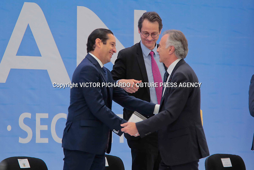 Quer&eacute;taro, Qro. 11 febrero 2018.- El Gobernador del Estado, Francisco Dom&iacute;nguez Servi&eacute;n, en compa&ntilde;ia de Philippe Petitcolin, Director General de SAFRAN, y Francisco Gonz&aacute;lez D&iacute;az, Director de ProM&eacute;xico, presidieron la ceremonia de inauguraci&oacute;n de la Quinta Planta de SAFRAN Aerospace-Defense-Security en Quer&eacute;taro.<br /> Foto: Victor Pichardo / Obture Press Agency