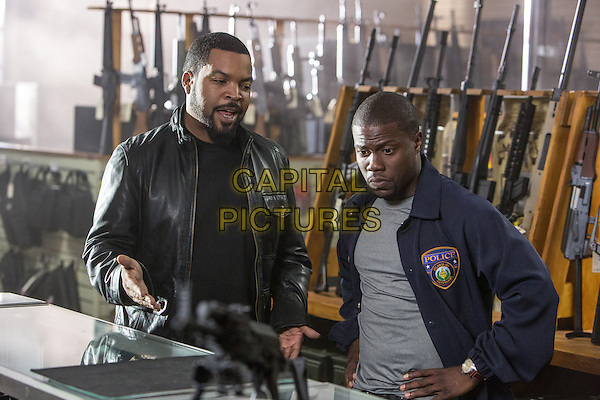 Ice Cube, Kevin Hart<br /> in Ride Along (2014) <br /> *Filmstill - Editorial Use Only*<br /> CAP/FB<br /> Image supplied by Capital Pictures